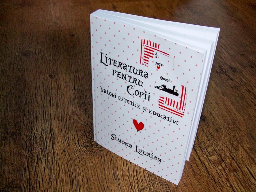 Simona Laurian - Literatura pentru copii, book cover by Cristina Schek (1)