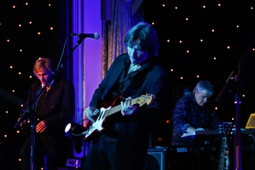 The Straits performing the music of Dire Straits at The British Invention Show - Awards Gala | Photography © Cristina Schek