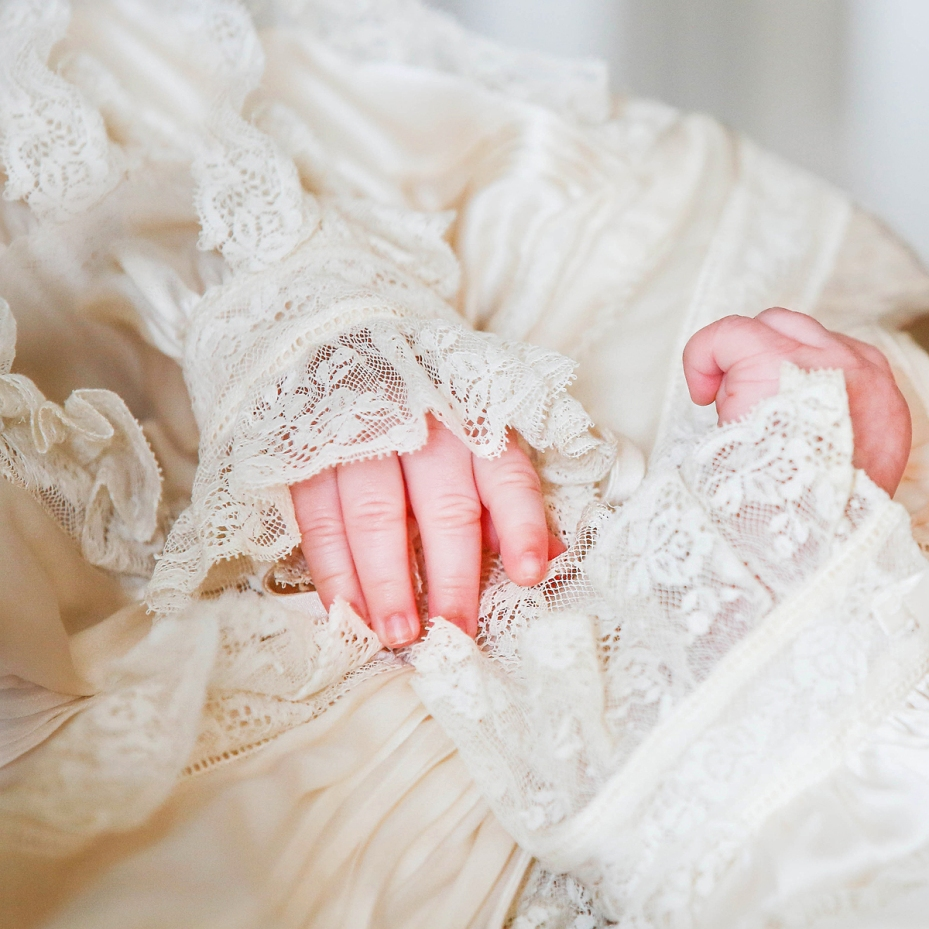 Newborn Photography by Cristina Schek