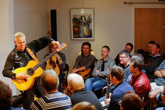 tommy-emmanuel-masterclass-ritz-music-26oct2014-photos-by-cristina-schek-11