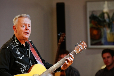 tommy-emmanuel-masterclass-ritz-music-26oct2014-photos-by-cristina-schek-13