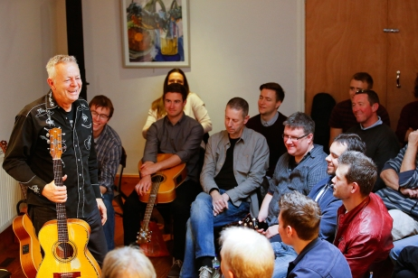 tommy-emmanuel-masterclass-ritz-music-26oct2014-photos-by-cristina-schek-14