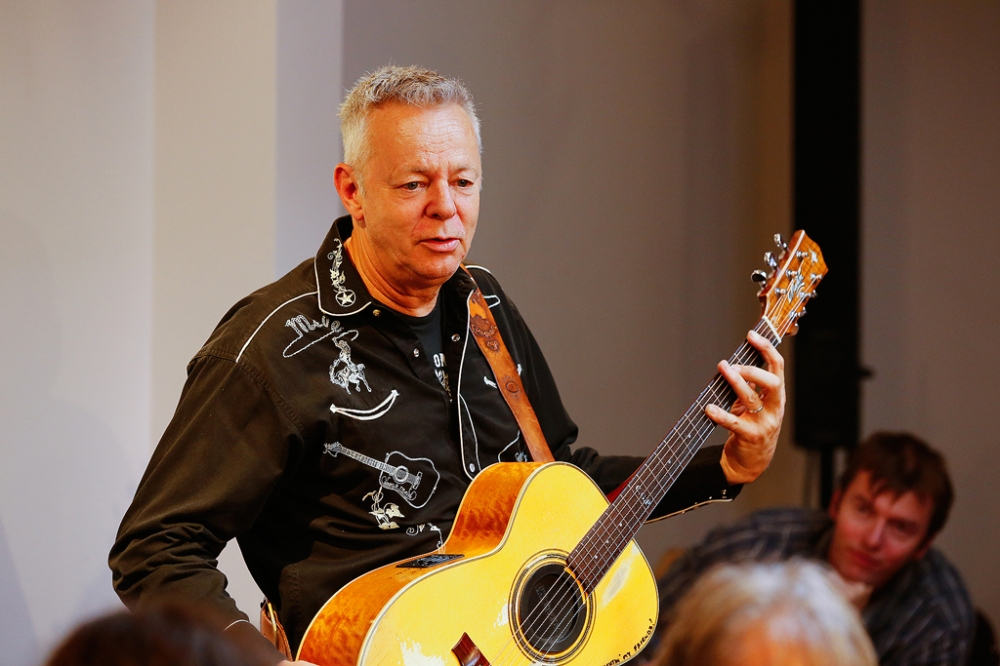 tommy-emmanuel-masterclass-ritz-music-26oct2014-photos-by-cristina-schek-18