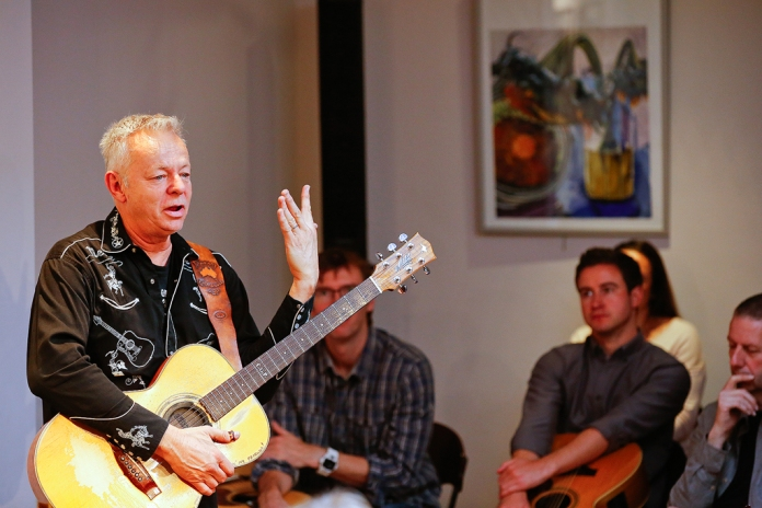 tommy-emmanuel-masterclass-ritz-music-26oct2014-photos-by-cristina-schek-25