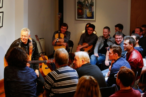 tommy-emmanuel-masterclass-ritz-music-26oct2014-photos-by-cristina-schek-6