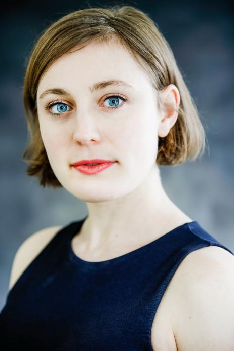 Nikki - Headshot by Cristina Schek (3)